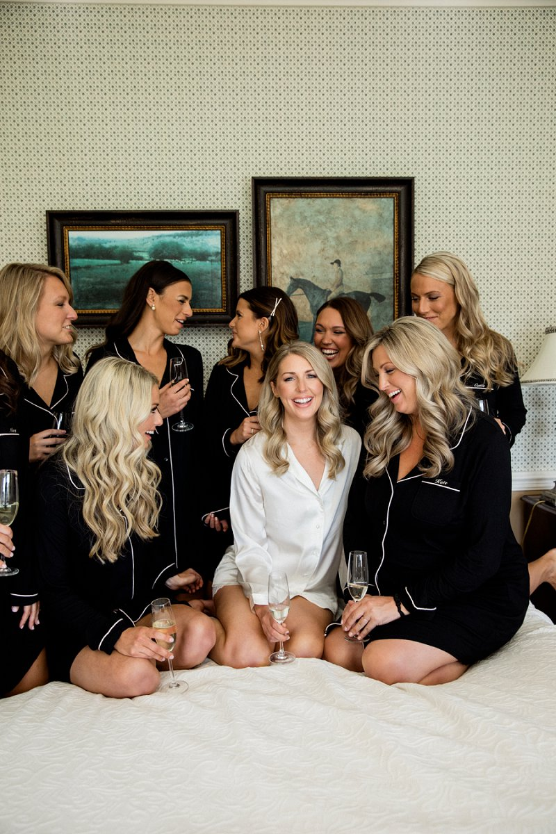 fun bridal party photos at hamilton farm golf club