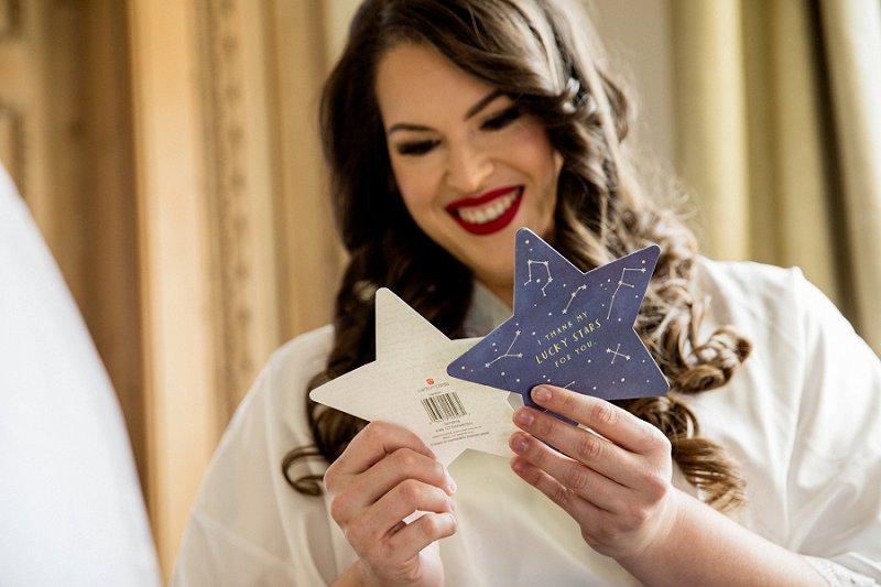 Bride getting ready at TPC Jasana Polana