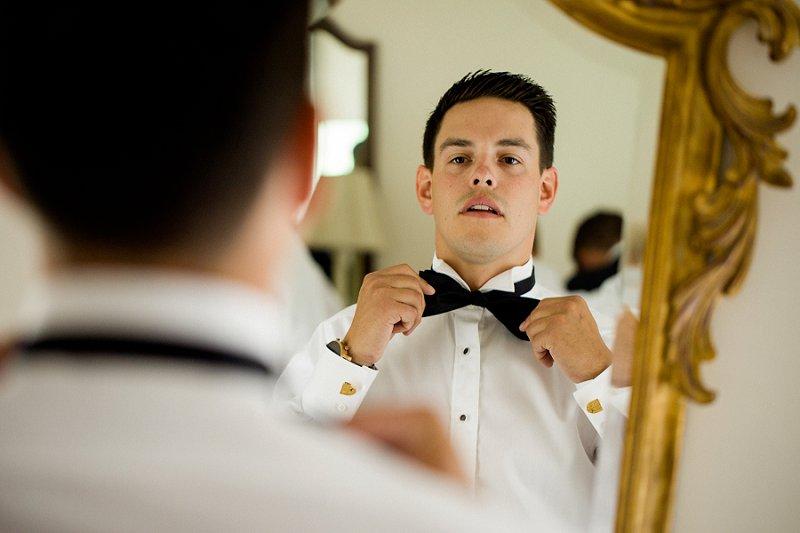 groom getting ready at hamilton farm golf club