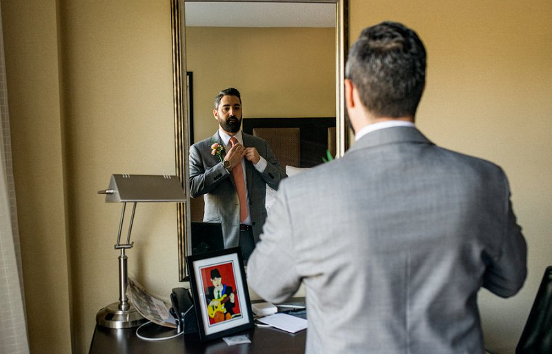 groom gets ready for wedding