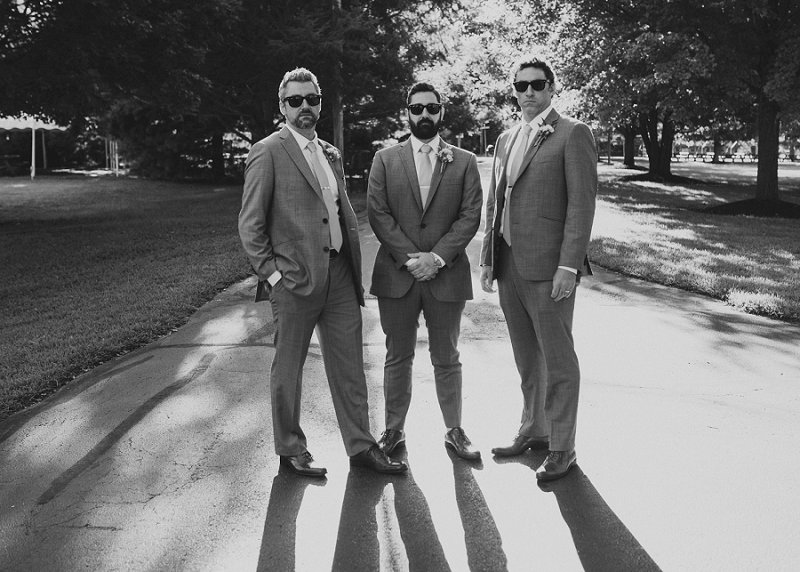 cool groomsmen wedding photos